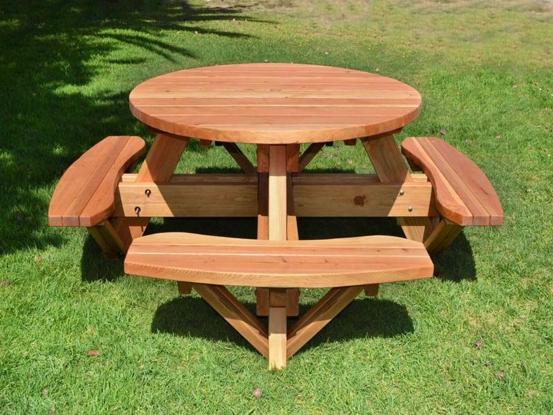Оригинальные столы своими руками на даче