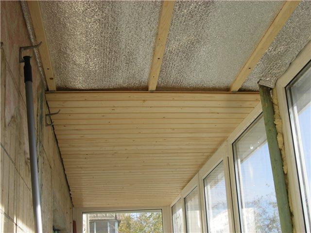 Обшивка балкона вагонкой своими руками: подготовительные работы и видео монтажа