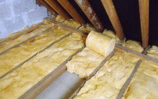 Как утеплить крышу в деревянном доме?