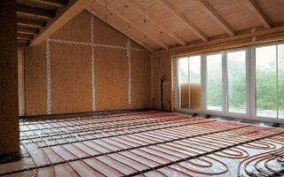 Как обустроить теплый водяной пол в доме из дерева