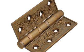 Как выбирать петли на деревянную дверь?
