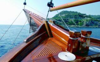 Как можно использовать лак яхтный для дерева