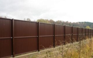 Двухсторонний  забор из профнастила