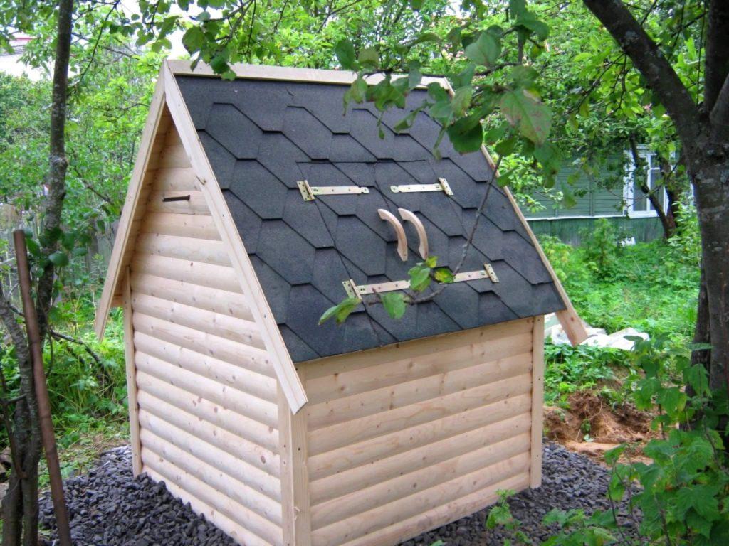 крышка-домик для колодца