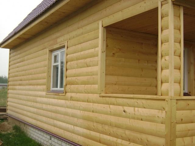 отделка дома имитированным брусом