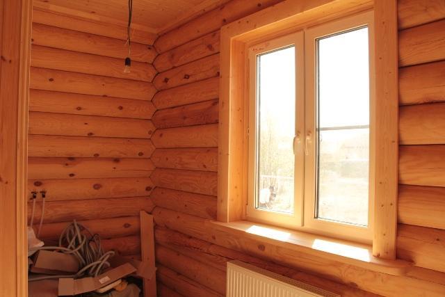 откос на окно из дерева