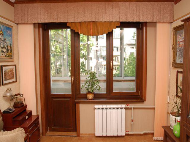 деревянные балконные двери