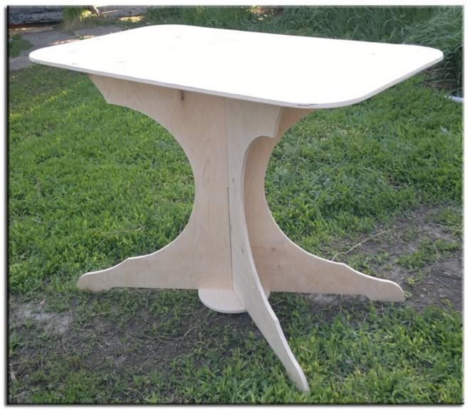 Изготовление стола из фанеры